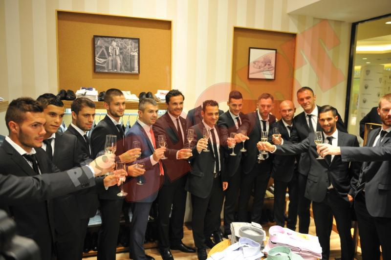 echipa-u-cluj-in-costume-london-tailors-prosport